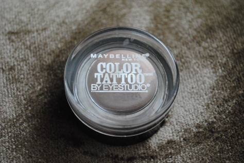 Maybelline Color Tattoo 24 hr eye shadow Bad to the Bronze