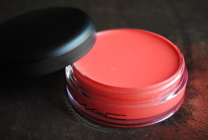 MAC Playland Collection Casual Color Hi Jinks! Review