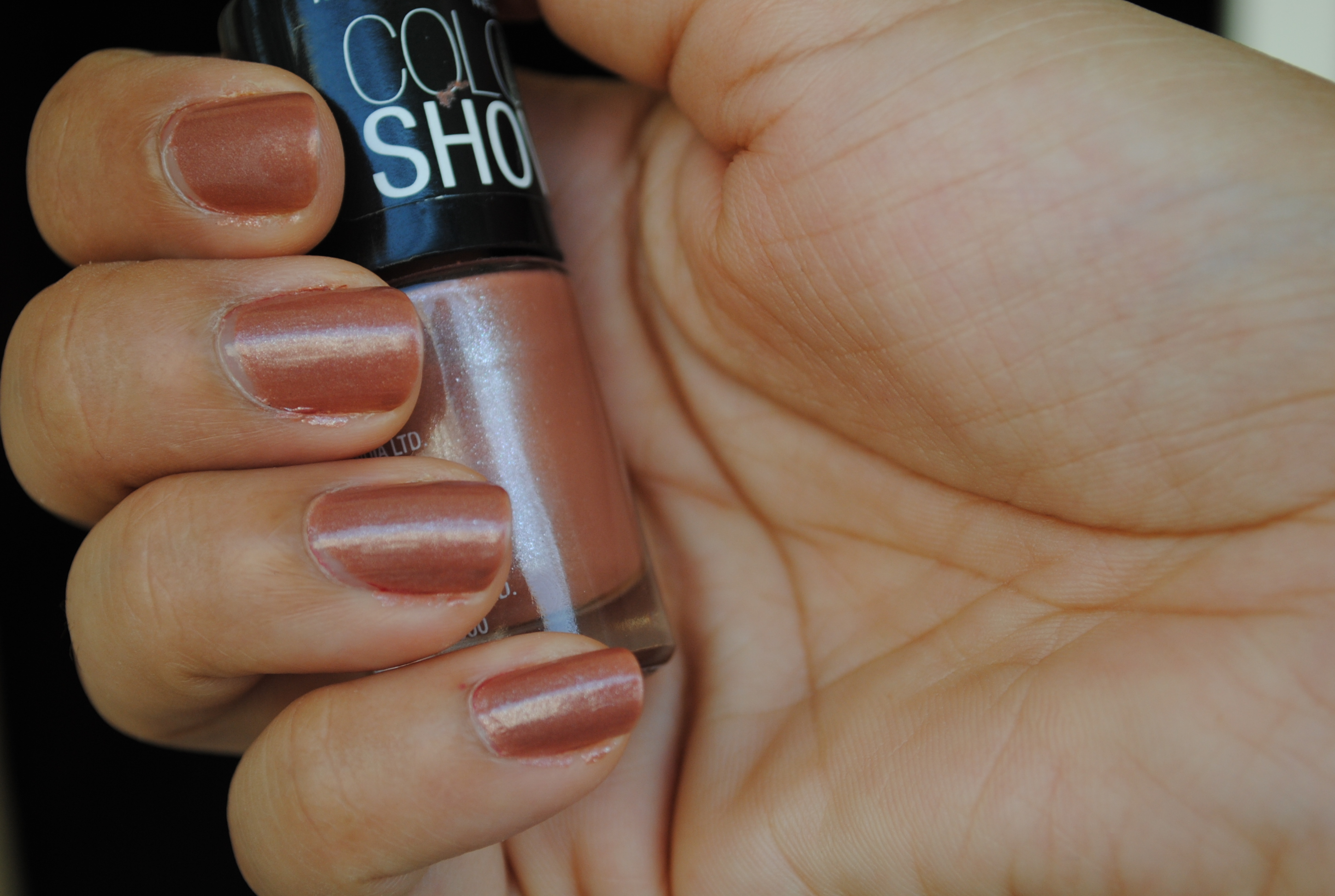 Maybelline Color Show In Silk Stockings 501 Blushes Sparkle Blush On