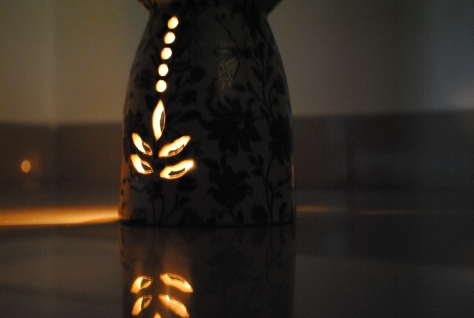 Aromatherapy diffusers -   Good Earth - Nishaat Fumer