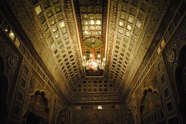 Sheesh Mahal – Hall of Mirrors