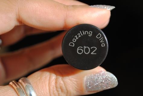 Monday Manicure – Maybelline Color Show – Dazzling Diva 602