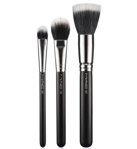 MAC Brushes in (L-R) 287 Duo Fibre Eye Shadow, 159 Duo Fibre Blush & 187 Duo Fibre Face