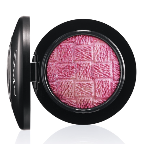 MAC Mineralize Blush in Please Yourself