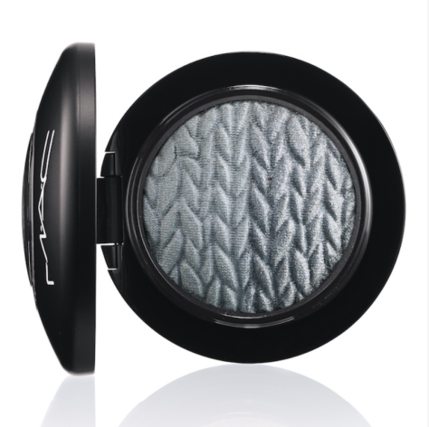MAC Mineralize Eye Shadow in Just Breathe