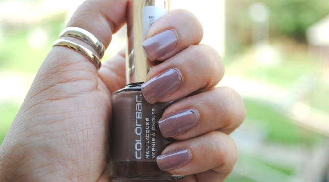 Mid-week Manicure – Colorbar Exclusive Nail Enamel in Dusky Mauve
